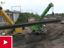 Werf Arsenaal: plaatsing van de voorlopige brugdekken